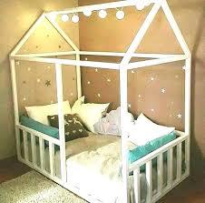 cabane fille chambre lit cabane pas cher enfant pour fille diy un deco chambre mon