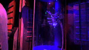 avp alien vs predator haunted house halloween horror nights