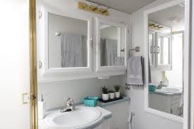 Painting A Bathroom Cabinet - rv renovation painting rv cabinets u0026 updating cabinet hardware
