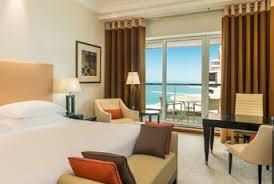 chambre d hotel dubai chambres d hôtel à dubaï grosvenor house un établissement de l
