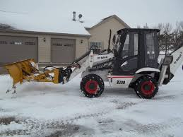 anyone with experience with bobcat b300 tlb