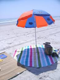 Lightweight Beach Parasol Sew Homegrown Diy Circle Beach Blanket Diy Projects