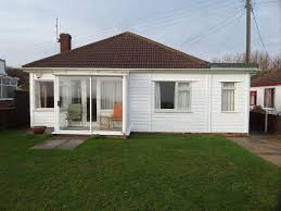 e4051 wonderful sea views from this three bedroom bungalow