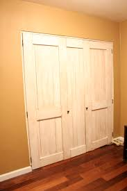 Closet Sliding Door Lock Amazing Bypass Closet Doors 45 Panel Sliding Closet