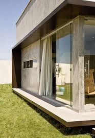 Glass Box House A Small Simple And Sophisticated Rectangular Box House Home