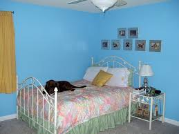 Bedroom With Knee Wall On A Lighter Note Fashionable Friday The Room That Broke My Knee
