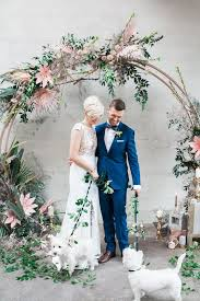 wedding arch leaves 25 trendiest wedding arches and backdrops for your nuptials
