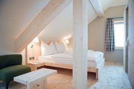 wohnideen minimalistische badezimmer 31 wohnideen für dachschrä tipps zur einrichtung