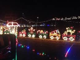 fayetteville square christmas lights here are the top 17 christmas towns in arkansas