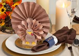 thanksgiving table with turkey turkey thanksgiving table setting craft ideas