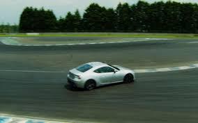 lexus lfa track feature flick jay leno takes lexus lfa spyder on the track