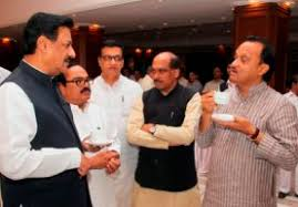 Maharashtra Cabinet Ministers Maharashtra Congress Leaders More Concerned About Ally Ncp Than