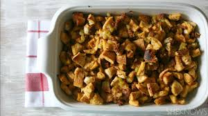 fun thanksgiving foods everything bagel stuffing is a fun twist on a thanksgiving classic