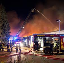 Das Wetter In Bad Oeynhausen Großbrand In Löhne U201ebrennt Auf Tausenden Quadratmetern U201c U2013 Feuer