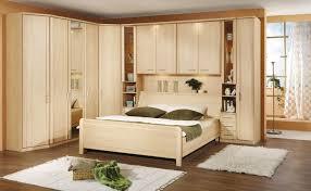 modèle de chambre à coucher modele de chambre a coucher adulte idées de décoration capreol us