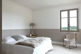 comment peindre une chambre avec 2 couleurs comment peindre une chambre en deux couleurs daclicieux comment