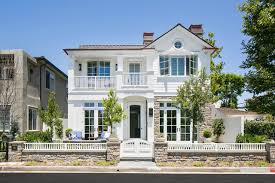 traditional home 17 classic traditional home exterior designs you ll adore