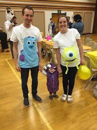 Diy Maternity Halloween Shirt Do It Yourself Divas 10 Diy Maternity Halloween Costume Ideas
