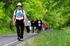 arlo guthrie thanksgiving dozens participate in u0027guthrie historic garbage trail walk