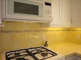 backsplash for yellow kitchen yellow kitchen backsplash ideas 28 images 9 best images about