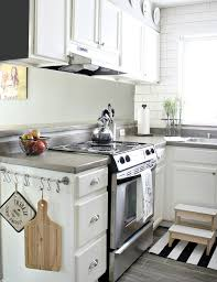 Small Kitchen With White Cabinets Very Small White Kitchen Small Kitchen Design And Ideas