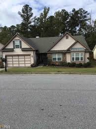 single story houses single story homes for sale in fairburn real estate in fairburn
