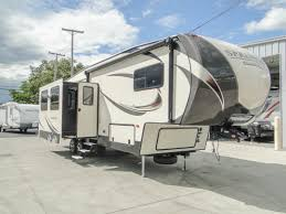 fifth wheel campers toy hauler fifth wheel trailers