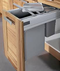 poubelle cuisine blanche charmant cuisine blanche et bois clair 14 meuble poubelle sagne