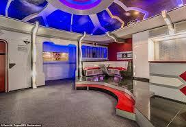 spaceship bedroom spaceship bedroom bedroom at real estate