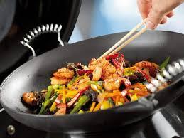 cuisiner wok 3 recettes faciles de wok à préparer