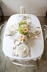 simplicity is often the best option beautiful table setting love