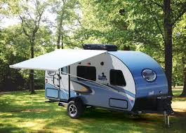 Awning For Tent Trailer Thule Awnings Gaining Traction In North American Rv Market