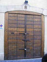 Wooden Door Old Wooden Door As Gate There Are Lots Of Useful Ideas Regarding
