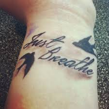 20 cool wrist breathe tattoos