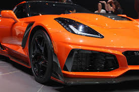 chevy supercar 2019 chevy corvette zr1 is 755 horsepower worth of nasty