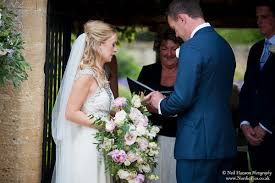 wedding flowers at caswell house oxfordshire joanna carter