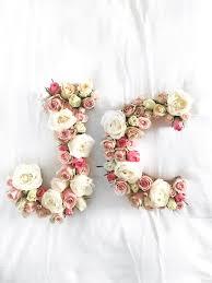 das perfekte hochzeitsgeschenk diy blooming monogram hochzeitsgeschenke geschenk und