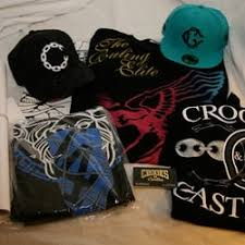 crooks and castles black friday crooks u0026 castles closed 10 photos u0026 10 reviews men u0027s