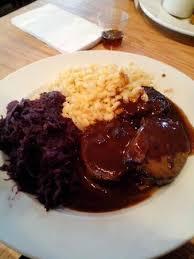 cleveland cuisine sauerbraten mit spätzle picture of hofbrauhaus cleveland