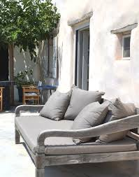 Outdoor Modern Furniture by Best 25 Outdoor Daybed Ideas On Pinterest Outdoor Furniture