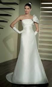winter wedding dresses bavarian wedding