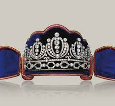 tiaras for sale crowns up at christie s this fall oak crown