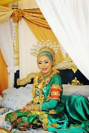 Wedding Dress Sub Indonesia Bodo A Women Wedding Dress From Bugis Makassar Sulawesi
