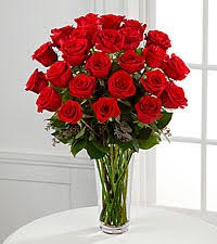 Roses In A Box Roses In A Box Ftd Flowers Roses Plants And Gift Baskets