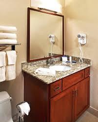 14 inspiring light colored granite for bathroom 1000 bathroom