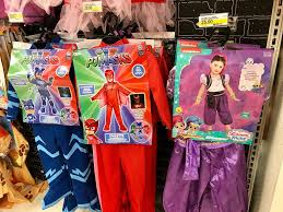 halloween costume stores online target shoppers 40 off halloween costumes today only in store