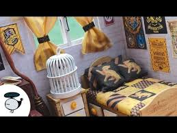 Diy Fandom Dollhouse Cute Miniature by Harry Potter Diy Hufflepuff Miniature Dollhouse With Lights And