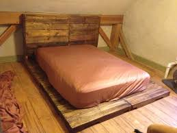 Diy Pallet Bed With Storage by 18 Best Pallet Beds Images On Pinterest Pallet Beds Projects
