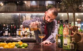 5 cool cocktail classes in london