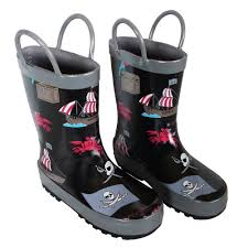 s rubber boots canada best gear boots raincoats jackets all ages